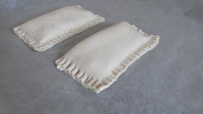 kruidenkaas bladerdeeg broodje
