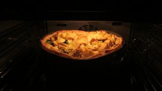 hartige taart van bloemkool en broccoli