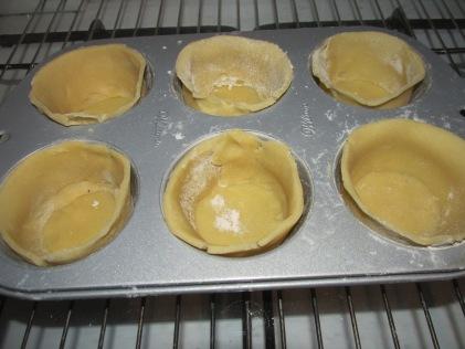 bakjes van koekjesdeeg