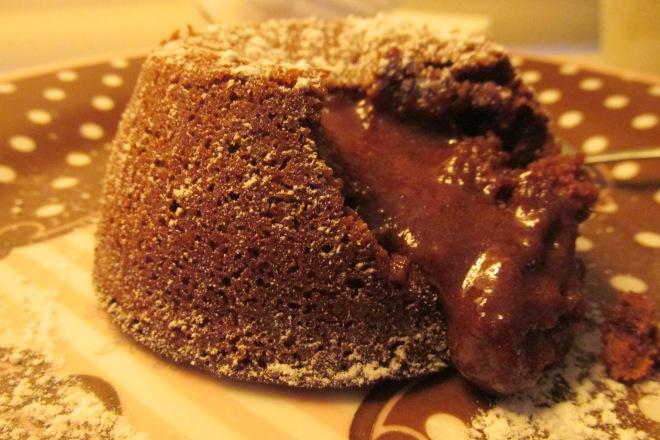 Makkelijk en luxe 3 gangen kerstmenu. moelleux au chocolat (chocolade lava cakeje)