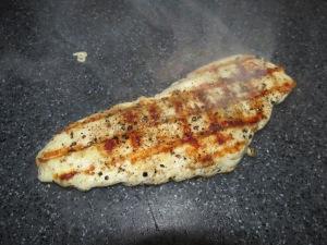 noedelsoep met gegrilde kipfilet