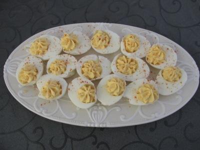 5 (makkelijke) hapjes voor oudejaarsavond, gevulde eieren.