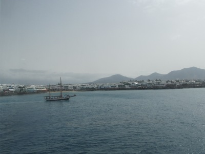 Een dag naar Lanzarote vanaf Fuerteventura. (Playa Blanca)